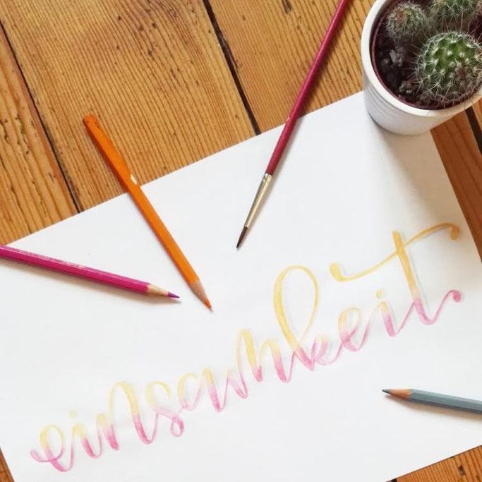 Letter Lovers donnerletter: Handlettering Einsamkeit