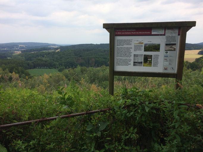 Ein tolles Panorama mit Blick auf das Grenzland zwischen Niedersachsen und Nordrhein-Westfalen