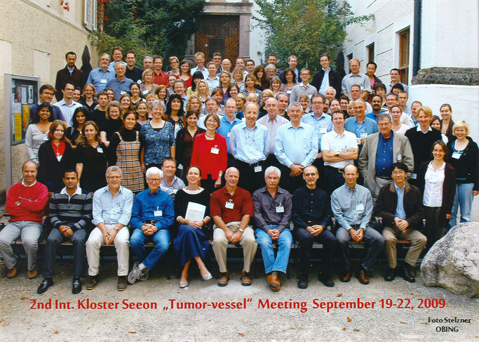 "Group picture: Kloster Seeon ""The tumor-vessel interface"", Sept. 19-22, 2009"