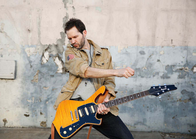 Paul Gilbert, upcoming Album,  Behold Electric Guitar, tour, Rockers And Other Animals, Rock News, Rock Magazine, Rock Webzine, rock news, sleaze rock, glam rock, mascotlabel, hair metal, Racer X,Mr.Big,