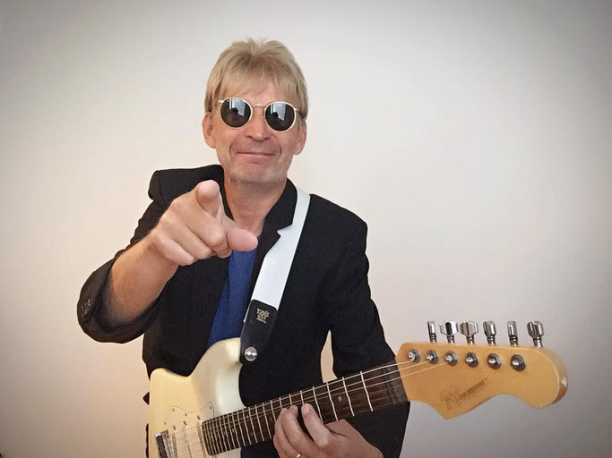 Astral Groove,Lars Eric Mattsson, guitarist, Heart of Stone, new video, anniversaryy edition, eockers and other animals,Progressive, Symphonic, Neoclassical Metal, Classic Hard Rock