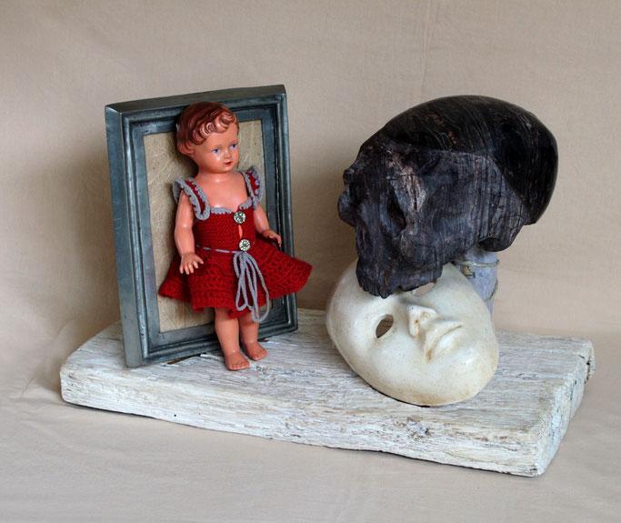 holzskulptur skulptur eisenskulptur objet trouve assemblage figurativ objekte fundobjekte objektcollage