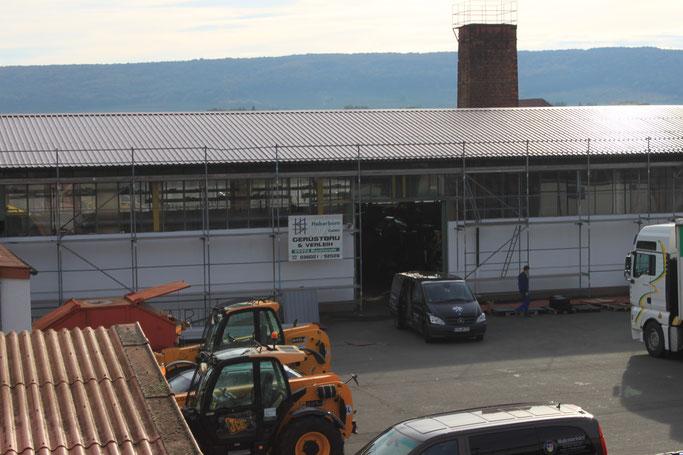 Neubedachung Lagerhallen 500m² mit Blechtafeln