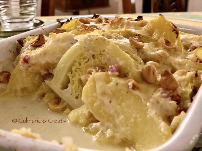 Wirsing-Kartoffel-Auflauf mit Haselnüssen