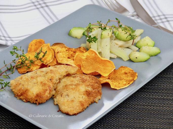 Mini Kalbsschnitzel mit Süsskartoffel-Chips und Fenchel-Zucchini-Gemüse
