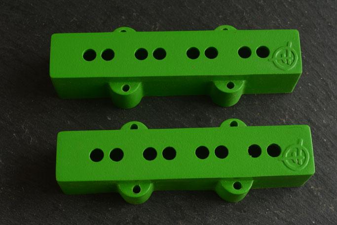tree-frog  green