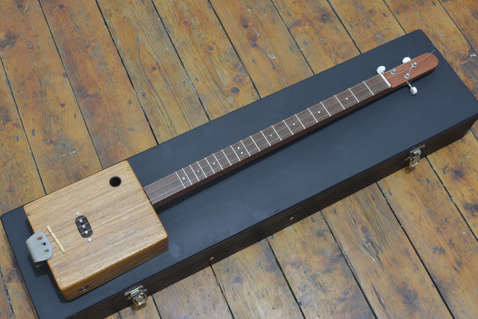 Dredzik's Cigar Box Guitar