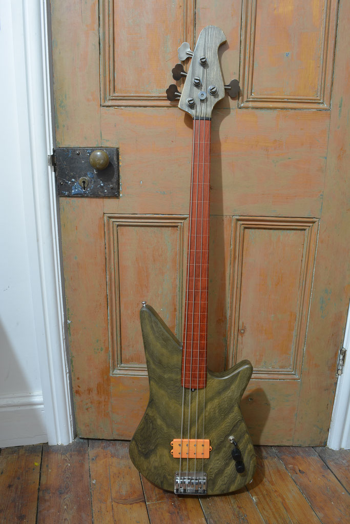 Big Al fretless copy bass with Mutant pickup in Blood Orange