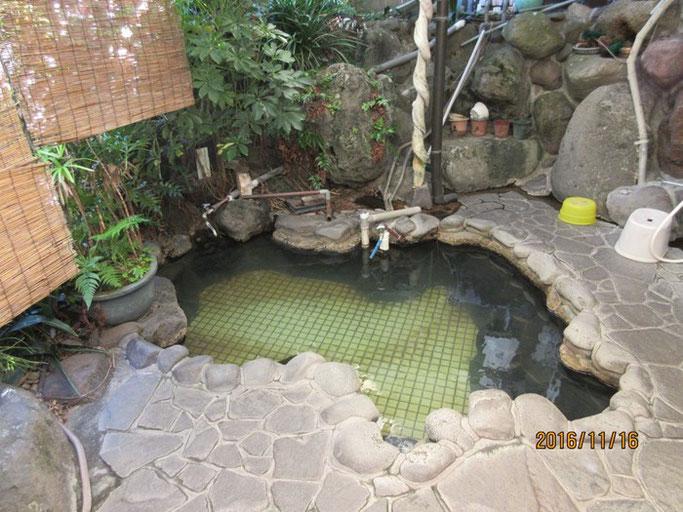 大分・別府 亀川温泉 小松屋さんの貸し切り露天風呂