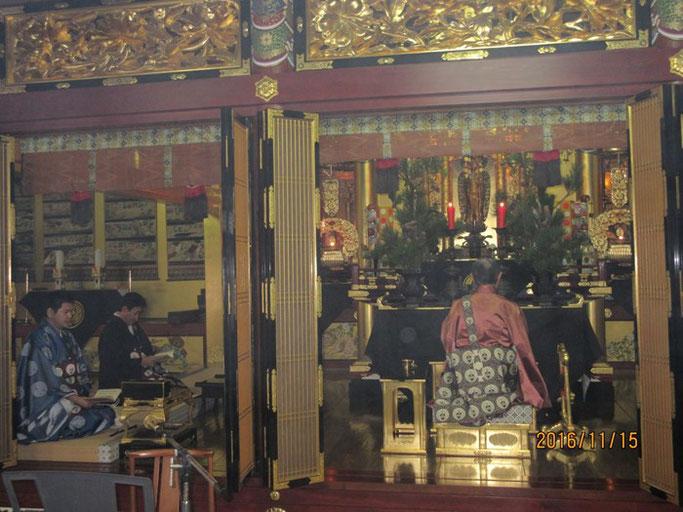 大分・別府の浄土真宗 西念寺 左は住職さんの弟さん浄さんと若院・剛さん