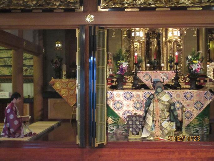 長野・松本の浄土真宗 安養寺 左側は若住職さん