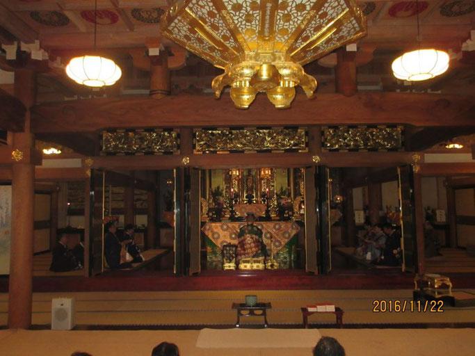 長野・松本の浄土真宗 安養寺 本堂内陣