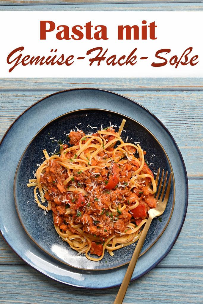 Pasta mit Gemüse-Hack-Soße, vegetarisch, vegan machbar, mit Möhren, Paprika, Zwiebeln, Tomaten, Hack bzw. Hackersatz, Familienküche, Thermomix, Mittagessen