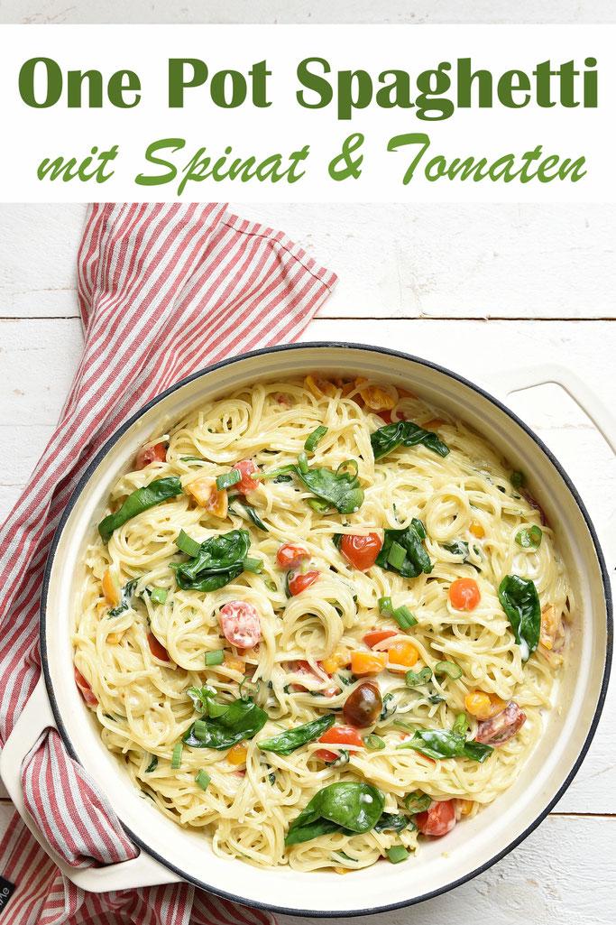One Pot Spaghetti aus dem Thermomix mit 500 g Nudeln, mit Spinat und Cocktailtomaten, ruck zuck gemacht, schnelles Familienessen, Mittagessen, vegetarisch, vegan machbar