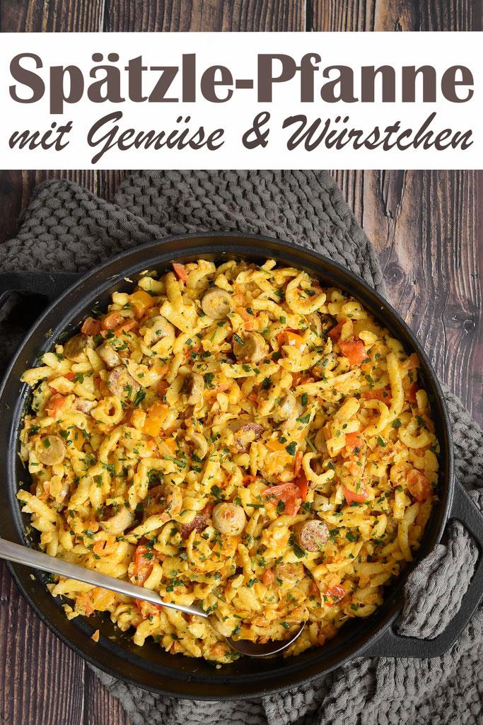 Spätzle Pfanne mit Gemüse und Würstchen, Möhren, Sellerie, Paprika, Zwiebel, Bratwürstchen, Frischkäse, schnell gemacht in max 20 Minuten, Familienküche, Soulfood, Mittagessen