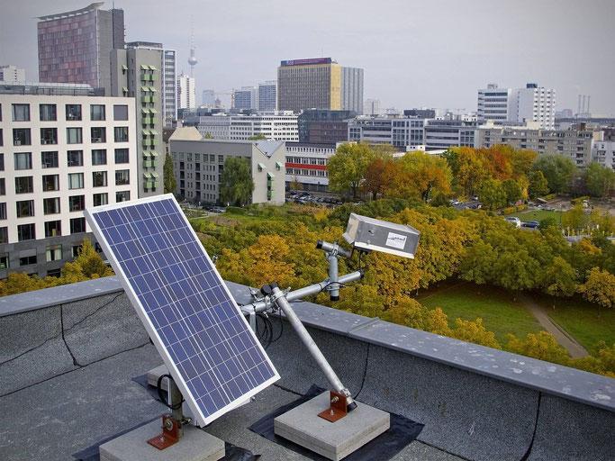 Photovoltaik-Modul, Kamerasystem, Park, Skyline Berlin
