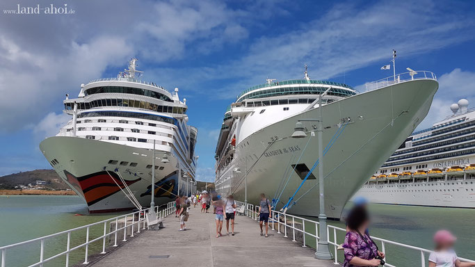 Antigua Hafen und Liegeplätze der Kreuzfahrtschiffe