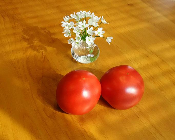 大分市 みつか漢方養生堂 トマト