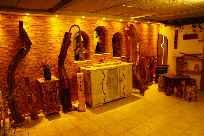 wood art Studio by Christian Stange