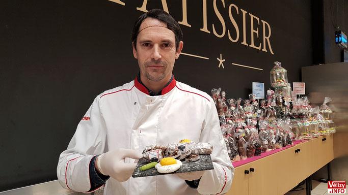 Jacques OLLO, pâtissier-biscuitier à Auchan Vélizy depuis 1994.