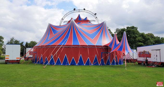 Chapiteau du cirque Europa.