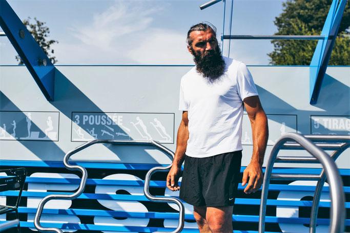 Sébastien Chabal, promoteur du programme « 7 minutes, 7 mouvements ».