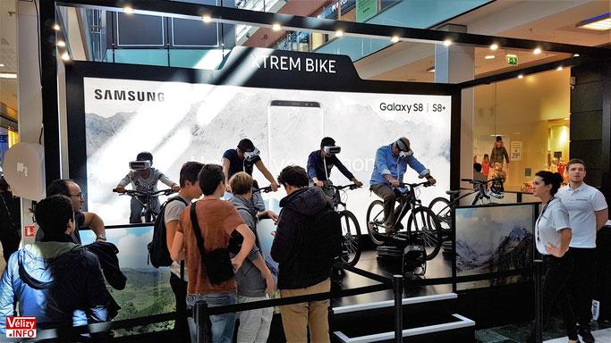 Centre commercial Vélizy 2 - Un peu de sport sur avec le Xtrem Bike ! © Vélizy Info