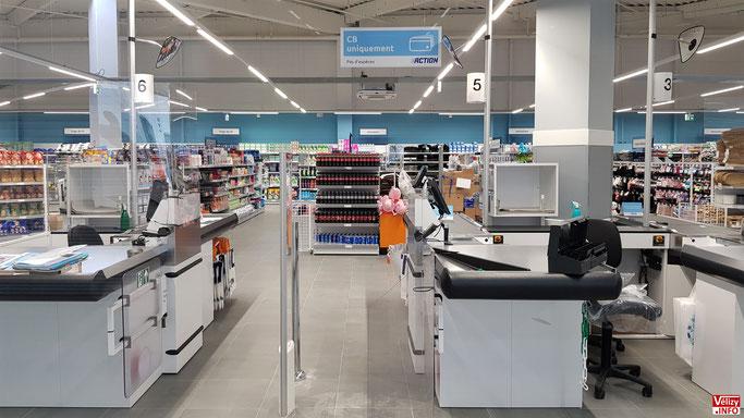 Le magasin Action du centre commercial L'Usine Mode & Maison à Vélizy-Villacoublay.