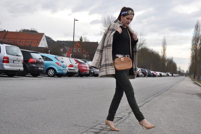 Designertaschen Second Hand kaufen Outfit Modeblog Deutschland Fairy Tale Gone Realistic Nähblog Modeblog
