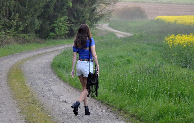 schwarze Stiefeletten Booties Streetstyle Modeblog ootd Fairy Tale Gone Realistic Fashionblog