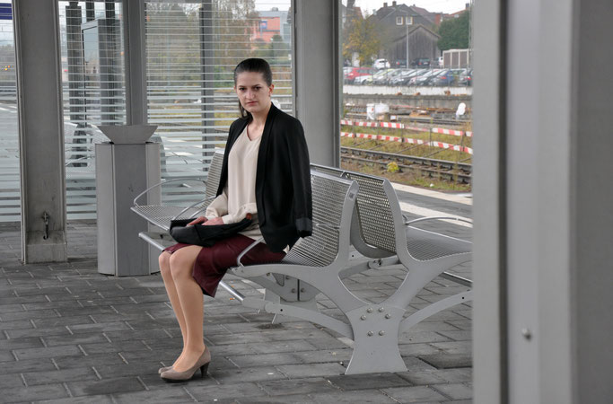 Office Dress Code mit Eterna Outfit Business Bluse Bleistiftrock Pumps Modeblog Fairy Tale Gone Realistic