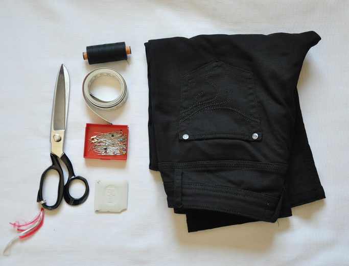 Hose kürzen DIY Anleitung Nähblog Deutschland Modeblog Nähen Fairy Tale Gone Realistic