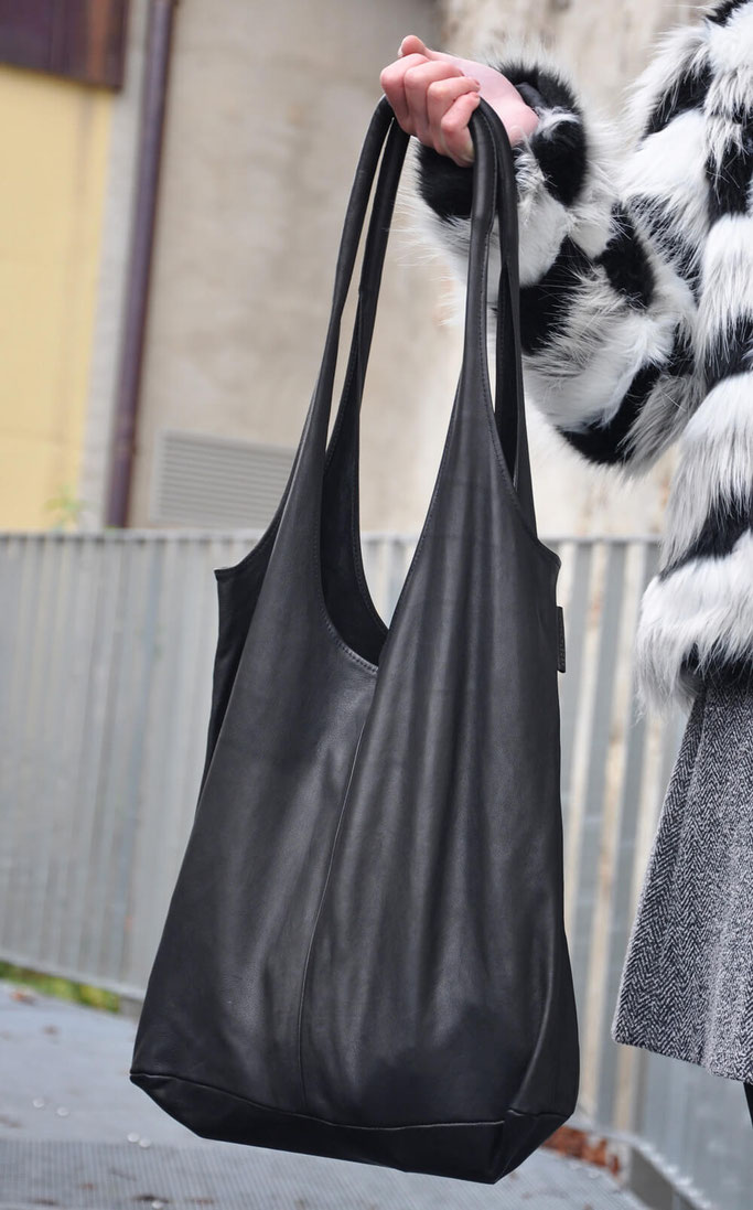 Adventsgewinnspiel Wunschleder Hobo Bag Outfit Fake Fur Modeblog Fairy Tale Gone Realistic Fashionblog Deutschland