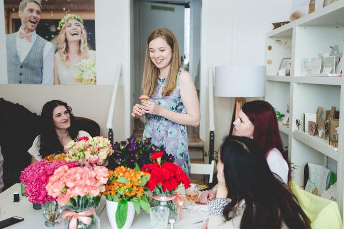 Blumenkranz Workshop Classy Flowers in München Blumenkranz für die Haare DIY Blog Nähblog Modeblog Fairy Tale Gone Realistic
