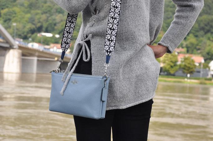 Mit Kuschelpulli in den Herbst Outfit MillionX Modeblog Fairy Tale Gone Realistic Fashionblog Deutschland