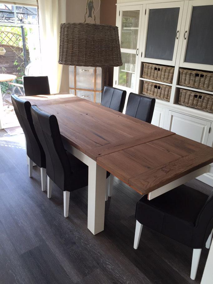 Landhaustisch Küchentisch massiv Eiche mit Tischverlängerung, Tischgestell weiss wash.
