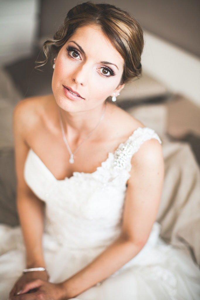 Brautfrisur Brautmakeup wedding  Hochsteckfrisur Makeup