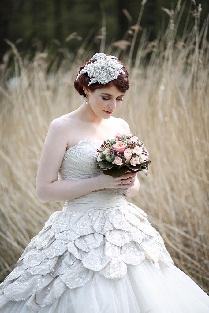 Brautfrisuren Hochsteckfrisur Brautmakeup Wedding