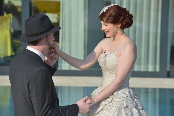 Brautfrisuren Brautmakeup Brautstyling Hochsteckfrisur