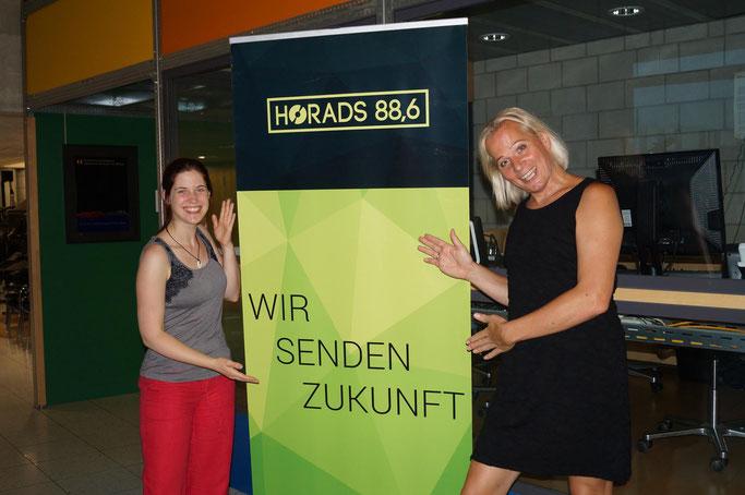 Claudia und Dana beim HORADS Radio