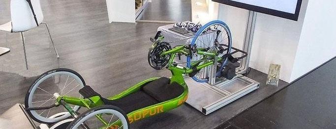 Sensibilisation handbike fauteuil connecté handisport