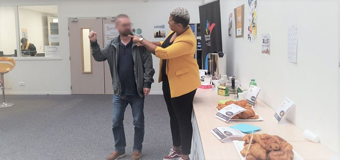 Initiation à la langue des signes française