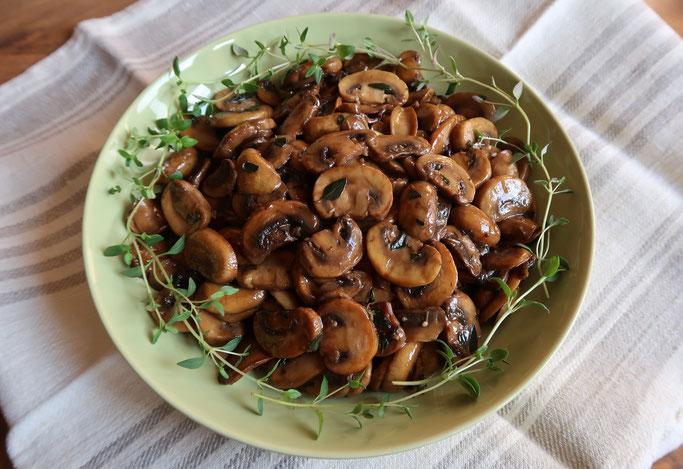 Herbstrezept / Pilzrezept / Rezepte mit Pilzen: Marinierte Thymian-Champignons