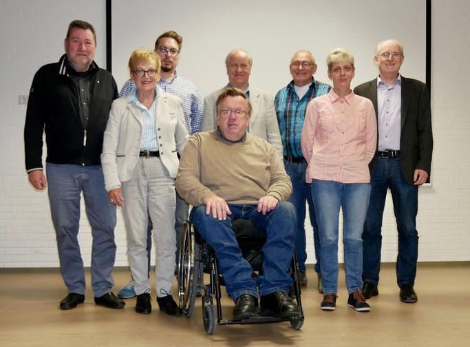 von links: Wolfgang Budde, Hannelore Budde, Thilo Angermann, Erhard Oerder, Heinrich Stiewe (vorn), Peter Unterschütz, Tanja Münch, Uwe Feiert, Foto: © Uwe Feiert (2019)