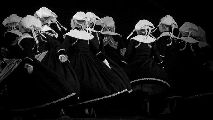 Kanfarded Sant Evarzeg - cercle de Saint Evarzec - danse bretonne costume Festival de la St Loup Guingamp Gwengamp Kenleur