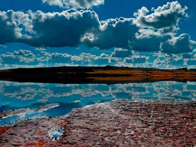 Le ciel et les cieux  Remplaçant là les marais  Et s'envole l'Elez