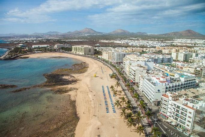 Kanaren Lanzarote Arrecife Strand