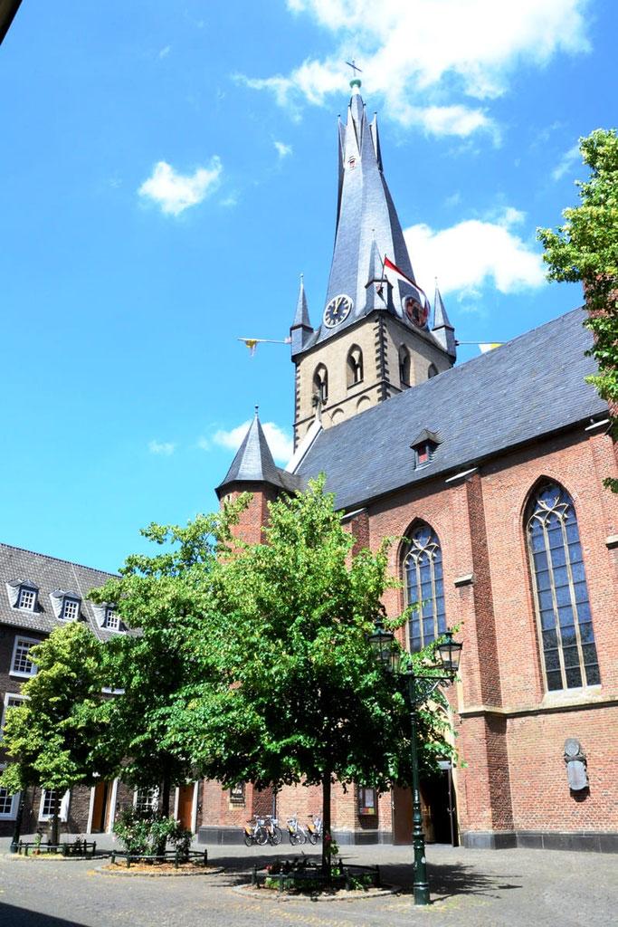 Düsseldorf schiefer Turm St. Lambertus