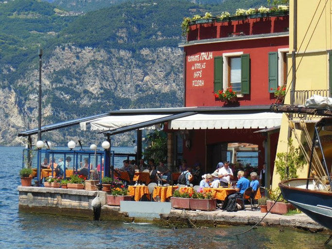 Gardasee Malcesine Hafen Restaurants