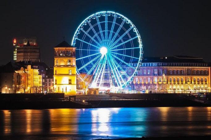 Städtereise Düsseldorf Altstadt Rhein Kasematten Rheinuferpromenade
